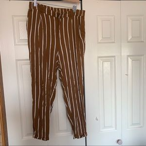 Women's F21 Striped Brown/White Cropped Trousers
